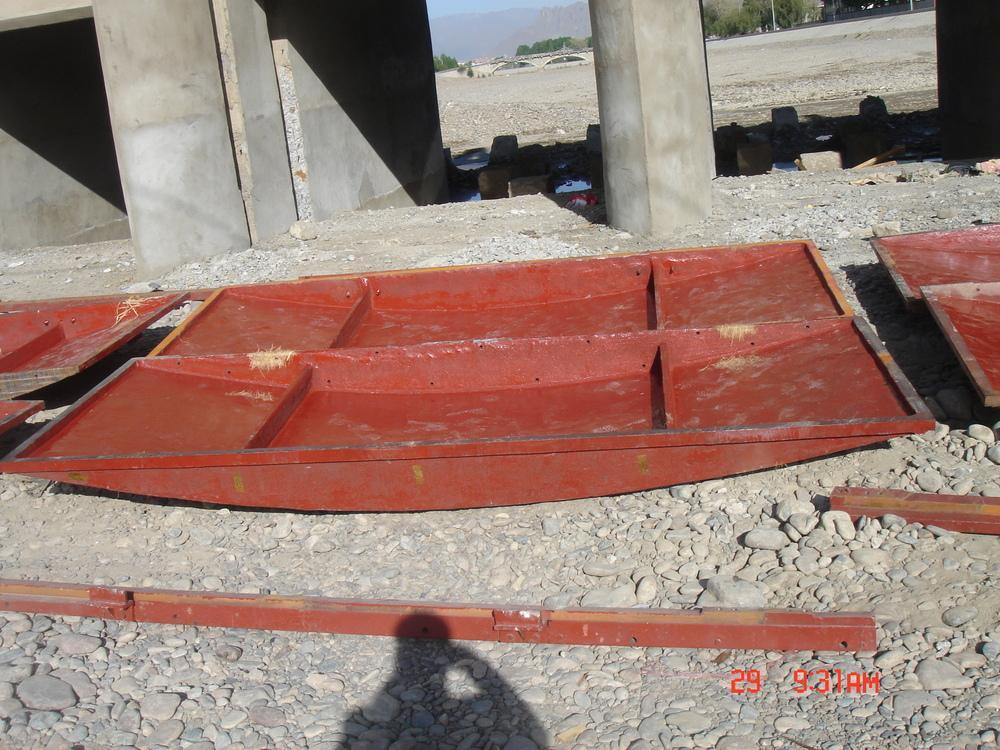 西藏拉萨太阳岛铸铁闸门安装实例